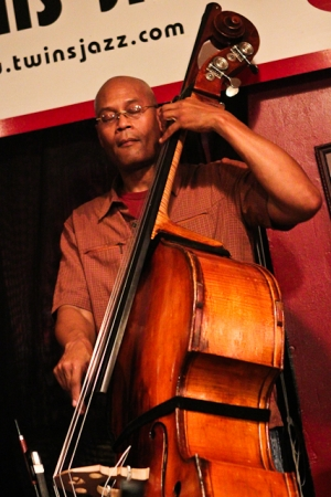 Herman Burney, bass