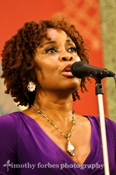 Lori Williams, vocals